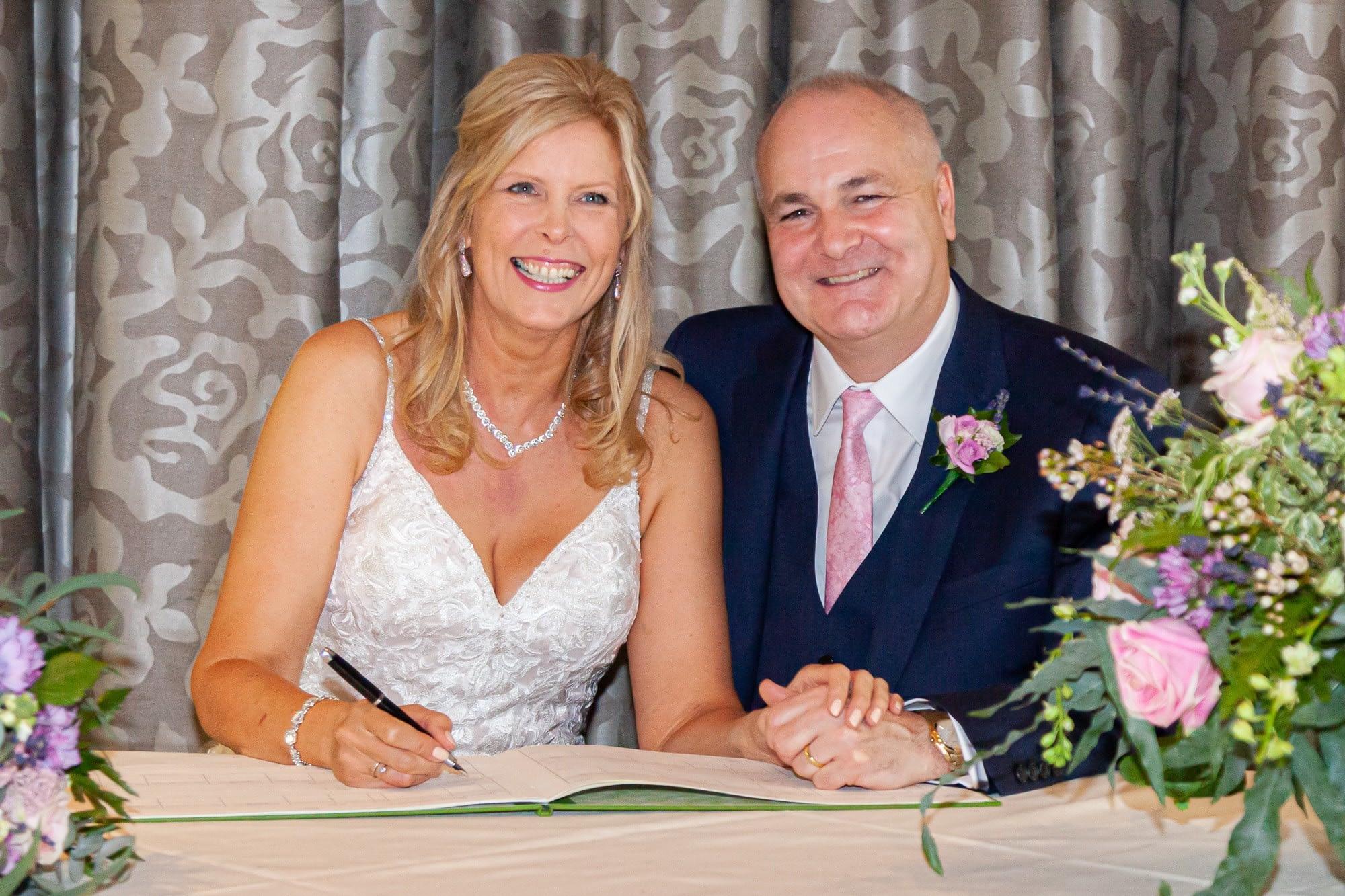 wedding photographer hertfordshire buckinghamshire berkshire